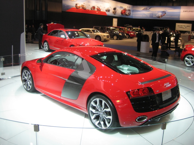 Audi V10
