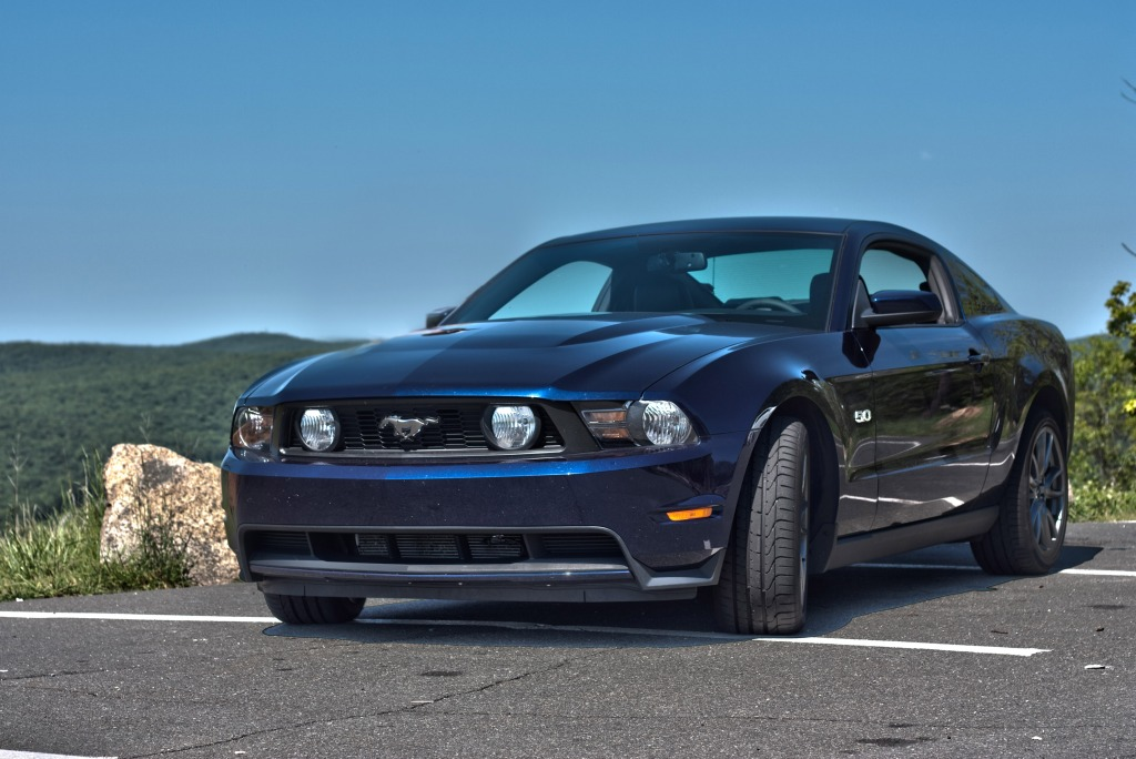 first drive 2011 mustang gt 5 0 autokinesis. Black Bedroom Furniture Sets. Home Design Ideas